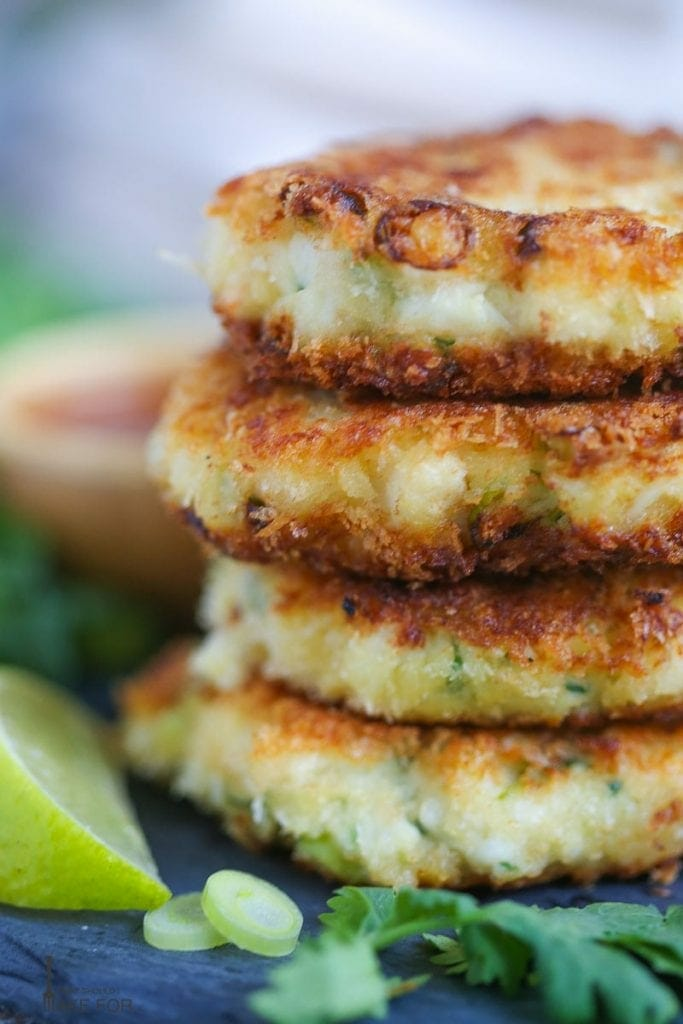 Thai-Style Crab Cakes with Sweet Chili Sauce