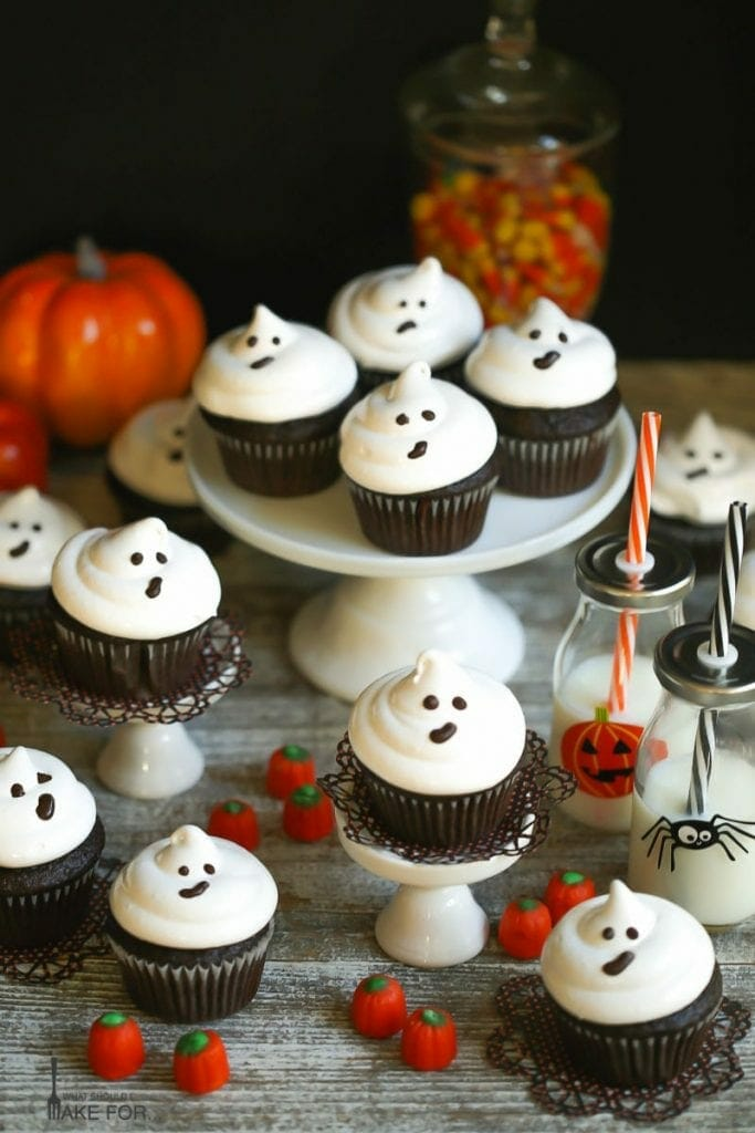 Easy Ghost Cupcakes