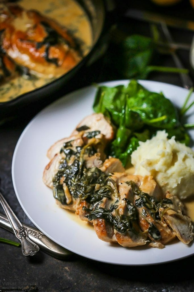 Chicken Breasts with Creamy Spinach Sauce